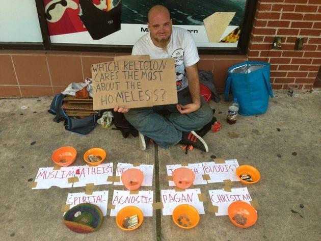 """""""Tôn giáo nào quan tâm đến người vô gia cư nhất?"""""""