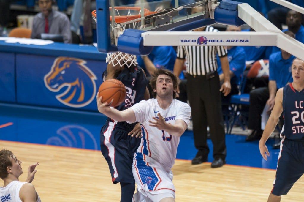 Duncan at the rim - Courtesy Wankun Sirichotiyakul via Boise State Athletics