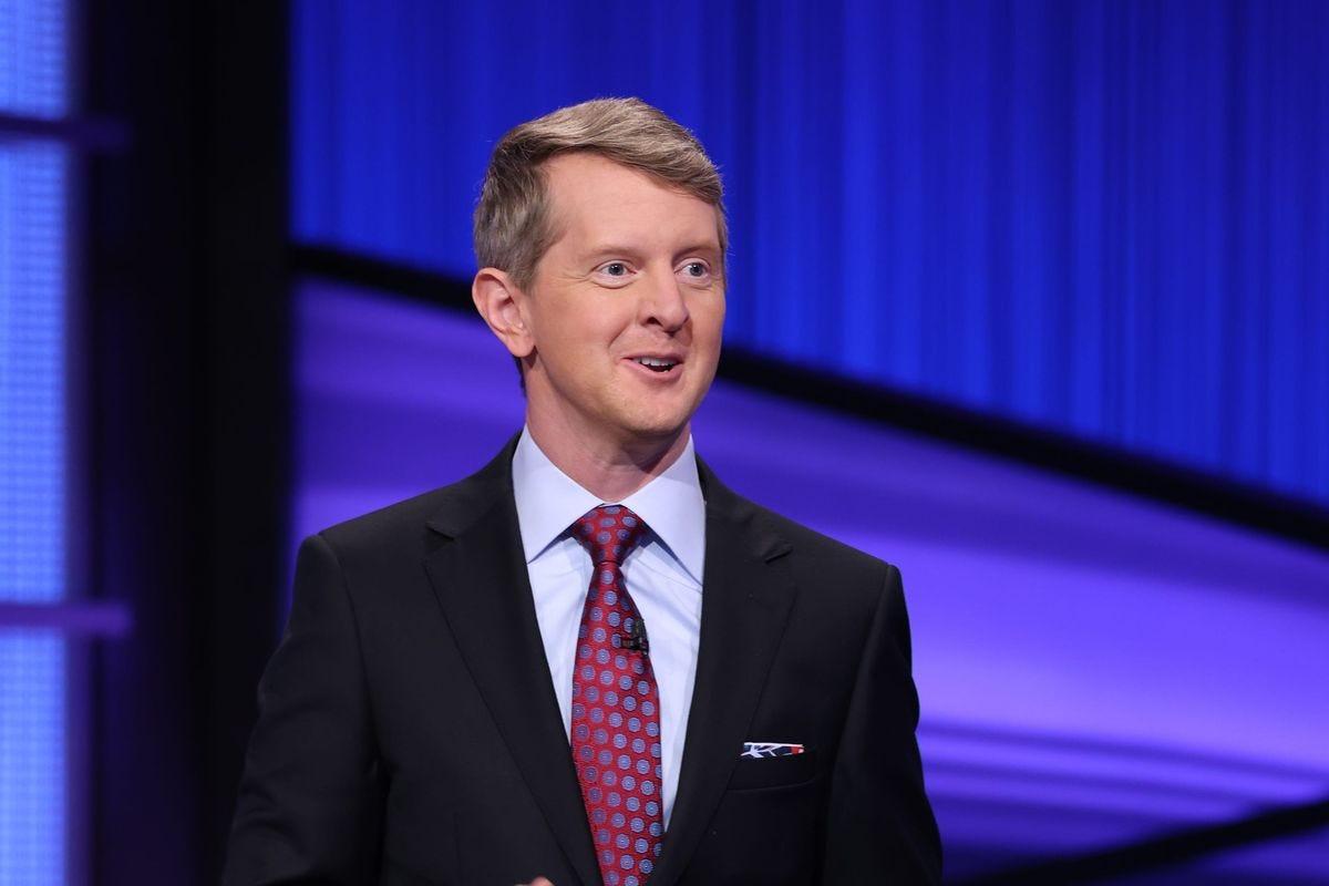 Ken Jennings hosts Jeopardy! in January 2021
