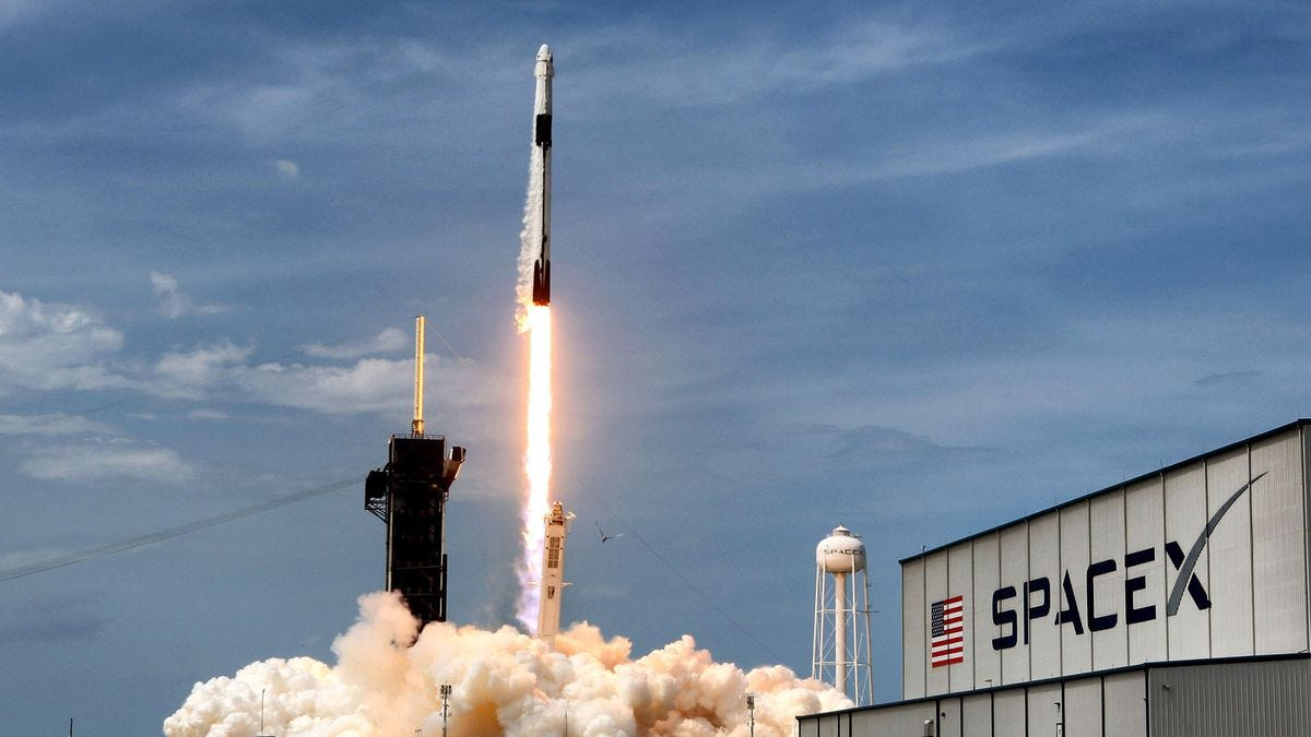 Watch every SpaceX launch from 2020 and say Auld Lang Syne with fire - CNET