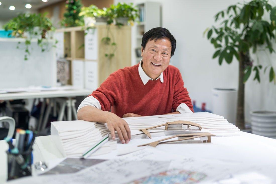 Portrait of Professor Kongjian Yu