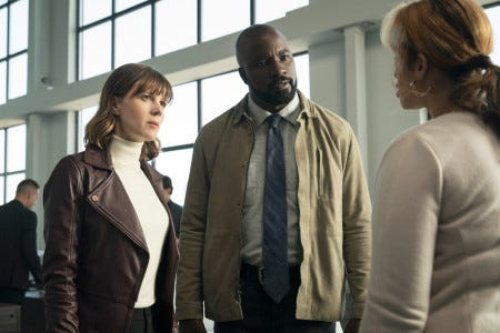 Pictured (l-r) Katja Herbers as Kristen Bouchard and Mike Colter as David Acosta in 'Evil'.