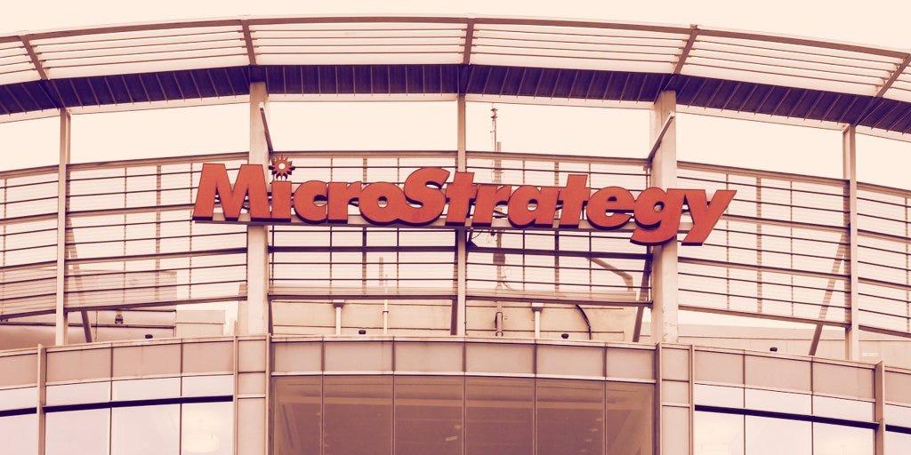 Billion-dollar software firm MicroStrategy eyes big Bitcoin buy - Decrypt