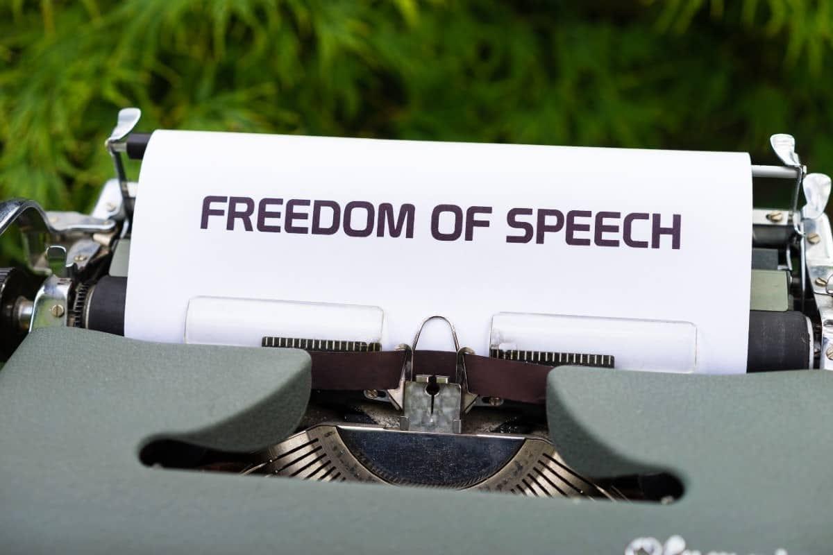 Libertad de expresión de las Redes Sociales