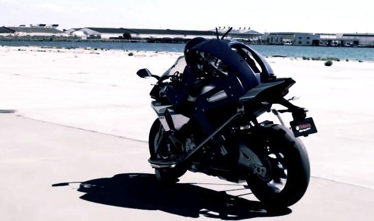 yamaha motobot робот