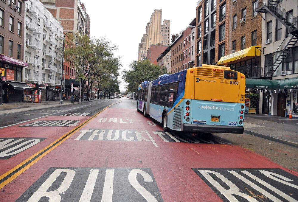 14th-street-busway-NYC.jpeg
