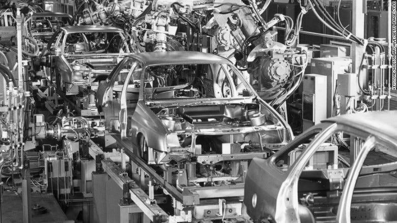150330143239-ford-robots-1984-780x439.jpg