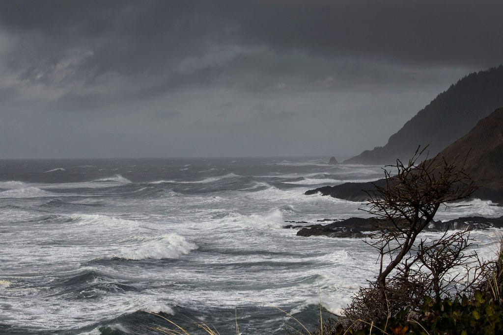 Winter storm , Oregon coast | Bonnie Moreland | Flickr