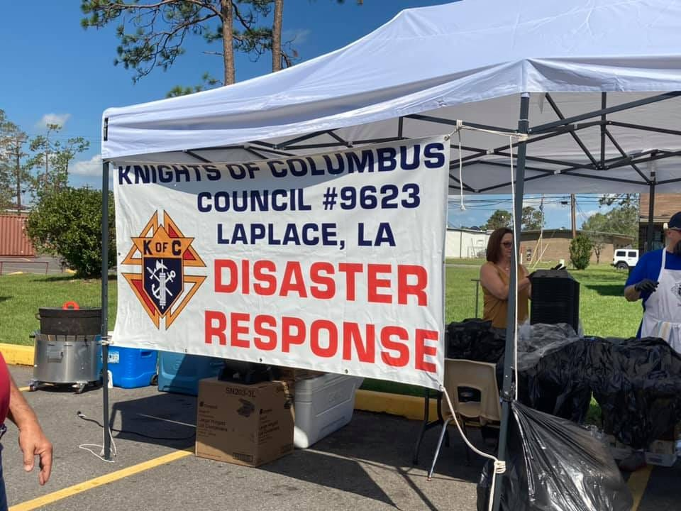 May be an image of 1 person and text that says 'KNIGHTS COLUMBUS COUNCIL #9623 KOFC LAPLACE, LA DISASTER RESPONSE'
