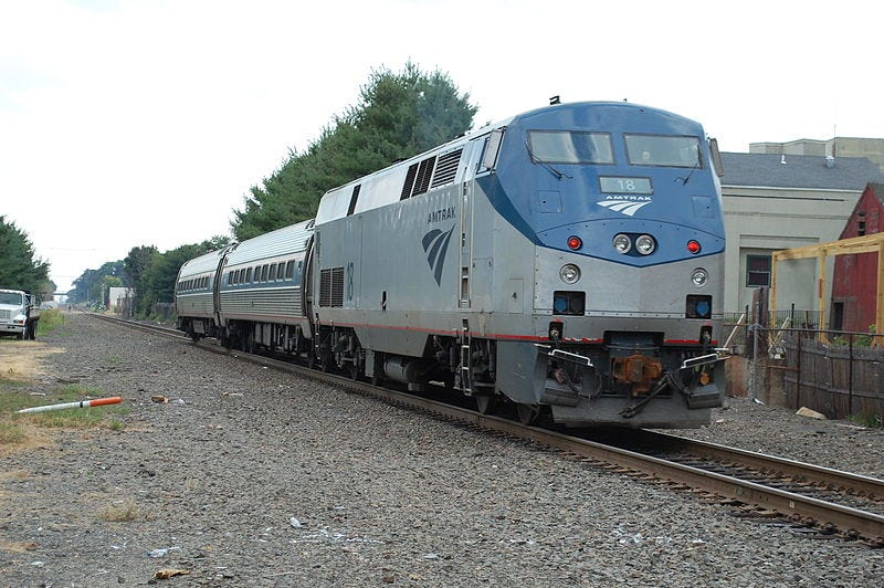 File:Amtrak Shuttle 463 Eng 18.JPG