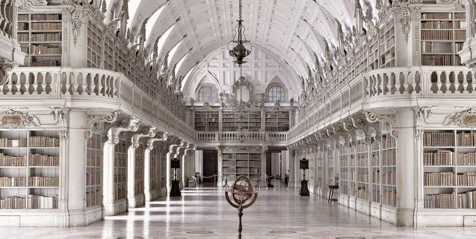 Le foto delle biblioteche più belle di Massimo Listri in un libro Taschen