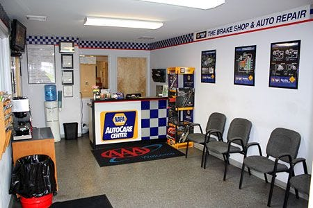 Brake Shop and Auto Repair   Auto repair shop, Car shop, Mechanic shop decor