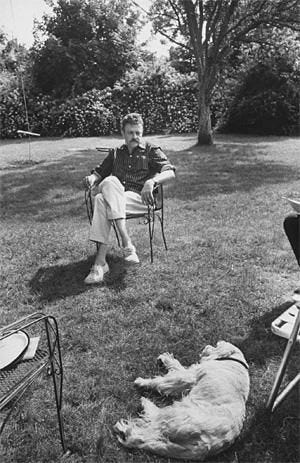 Kurt Vonnegut and his dog, 1969. | Dogs of the world, Kinds of dogs, Dogs
