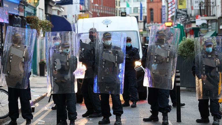 05/06/2021 Covid-19 Pandemic (Coronavirus), Ireland. Day 436 since start of lockdown. Day 26 of eased restrictions. Pictured Members of the An Garda Siochana Public Order unit wearing face masks and Riot Shields in Dublin city this evening. Photo: Sam Boal/Rollingnews.ie