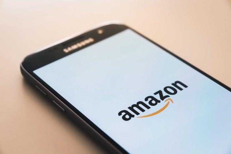Amazon logo on a Samsung smartphone