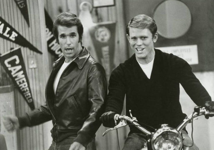 File:Happy days motorcycle richie fonzie 1977.JPG - Wikimedia Commons