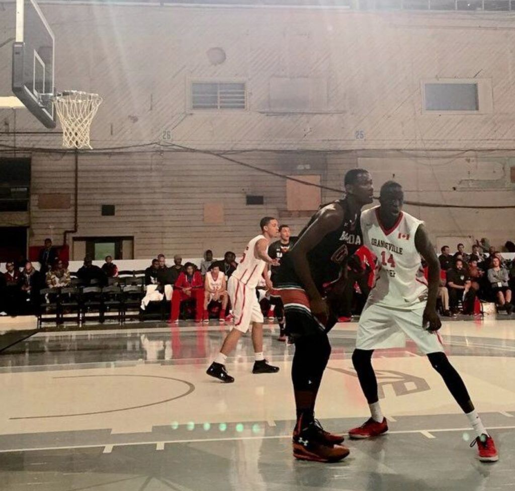 Thon Maker matchup up against Deandre Ayton