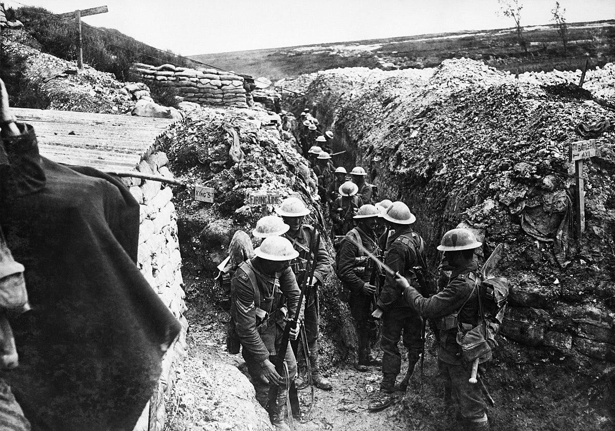 WWI soldiers in trench