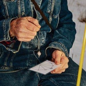 Steve Herbert working a pendulum
