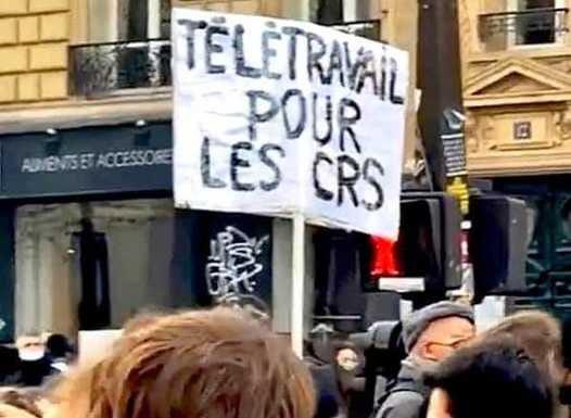Photo manifestation : télétravail pour les CRS