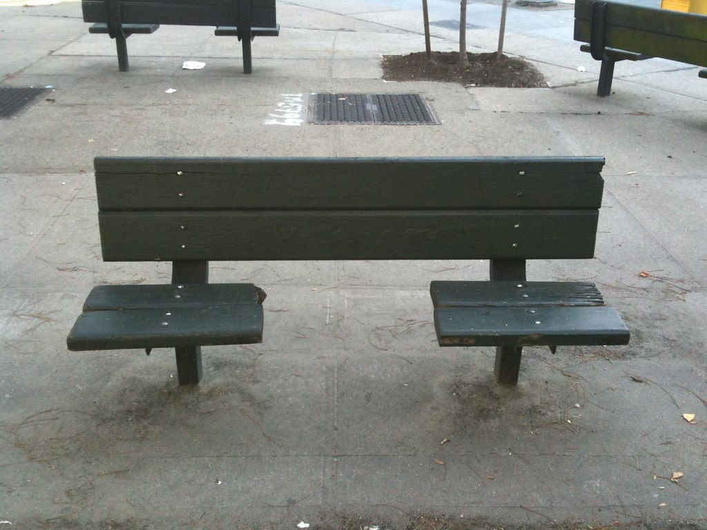 anti-sleeping bench | A fine example of the architecture of … | Flickr
