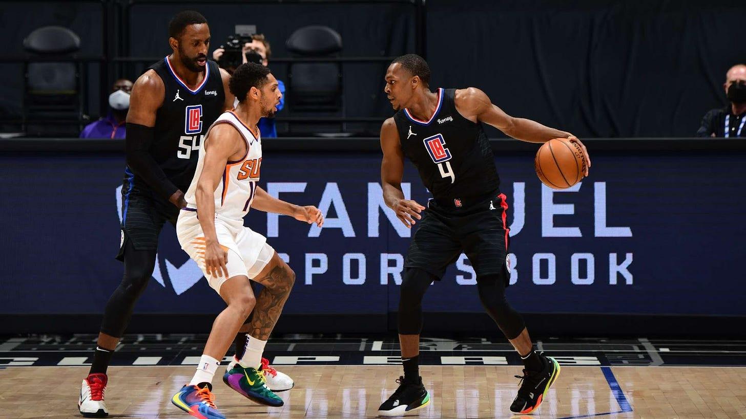 Rondo contra Phoenix Suns // Fuente: nba.com