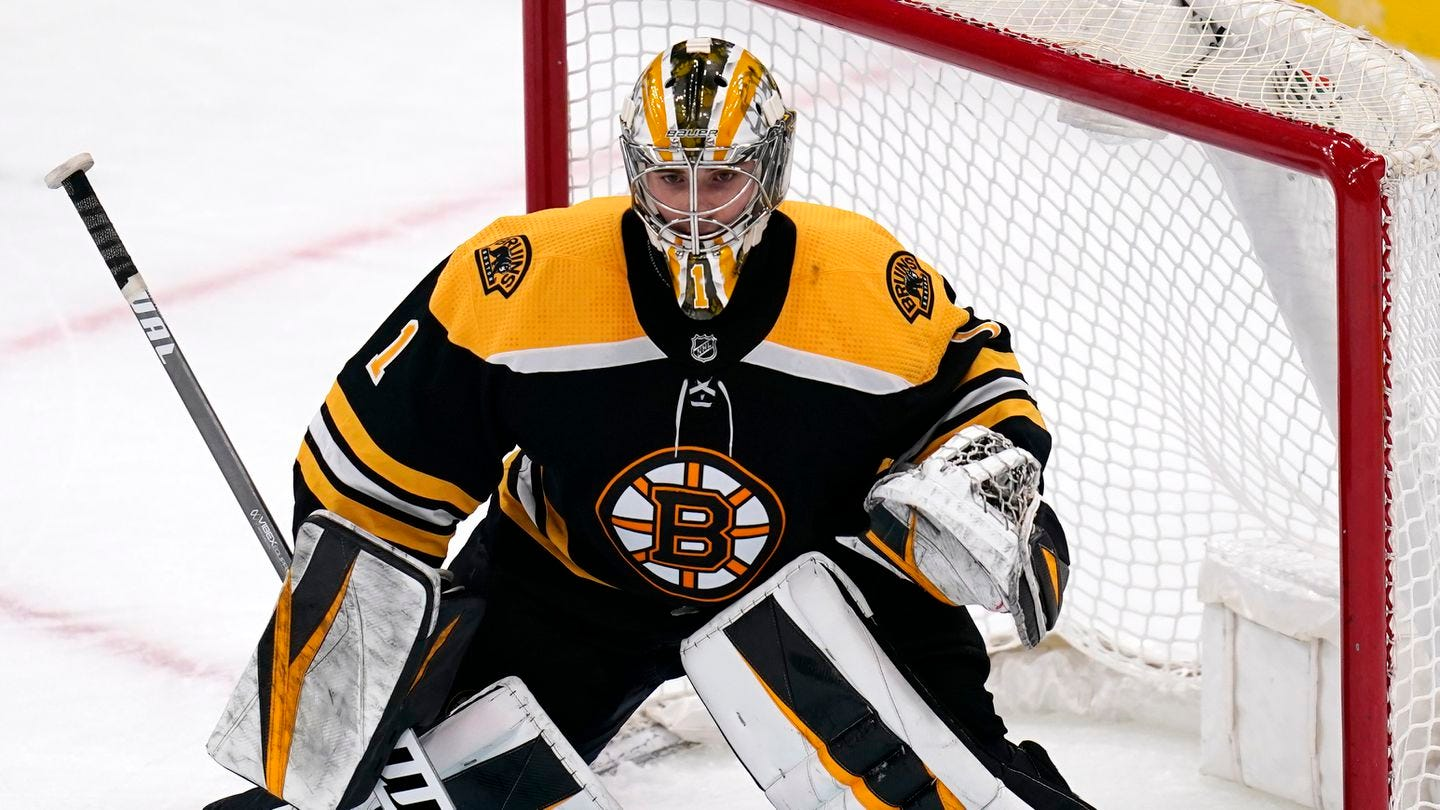 Bruins netminder future seems promising with Jeremy Swayman in waiting -  The Boston Globe