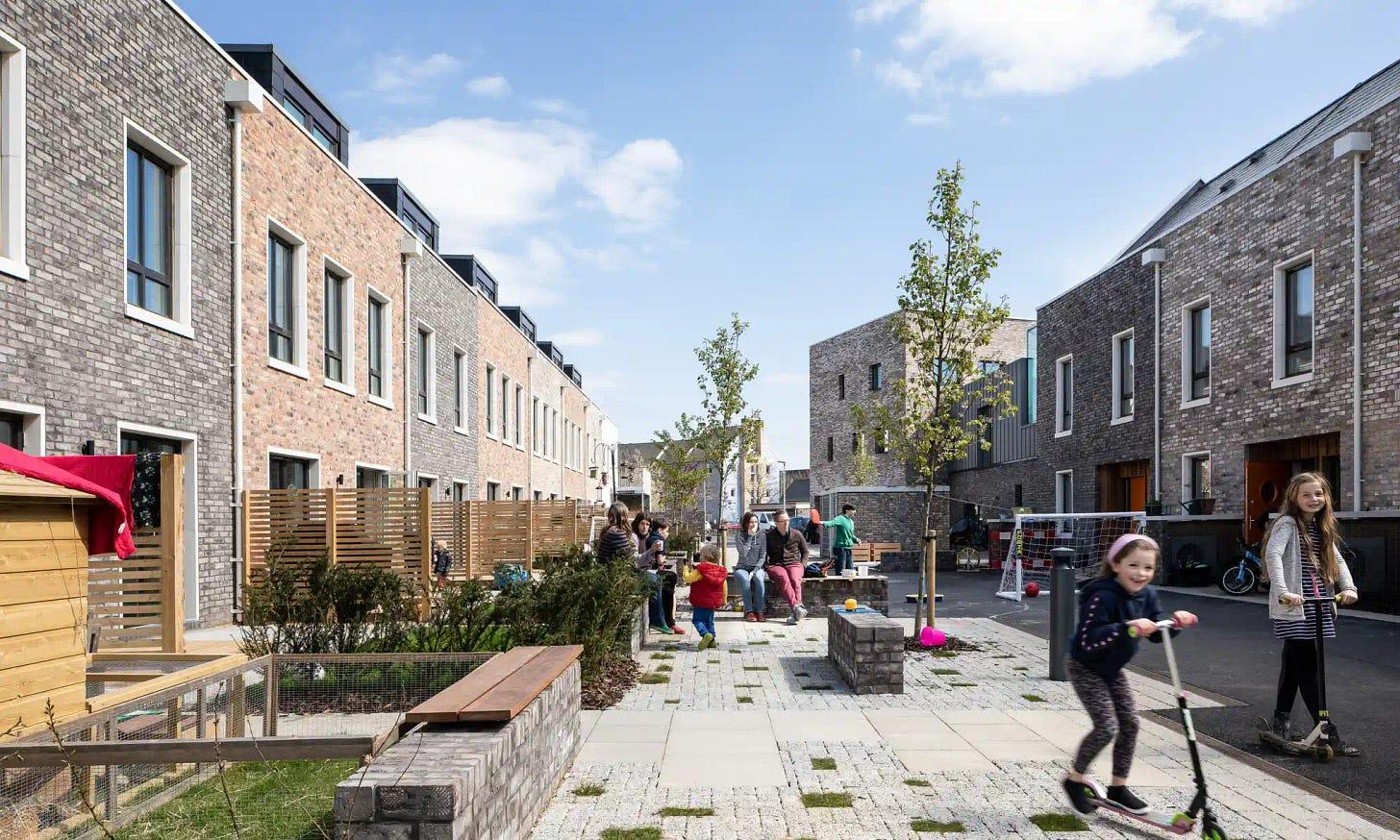 Traffic-Free Space at Marmalade Lane in Cambridge, UK (credit: David Butler/The Guardian)