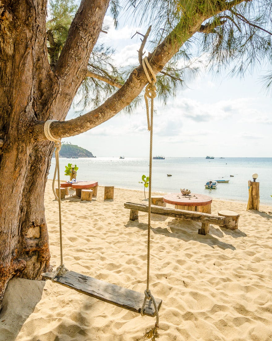 thai island beach, travel mentors