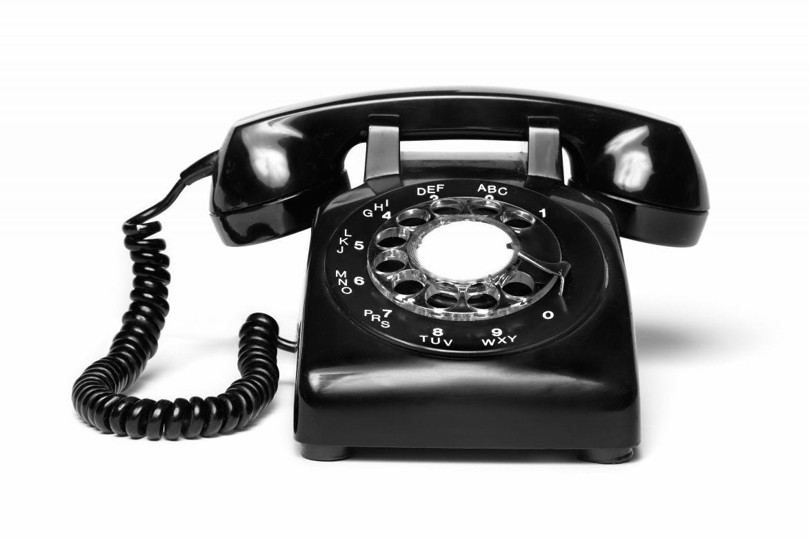 Elisha Gray misses out on owning the telephone patent by two hours