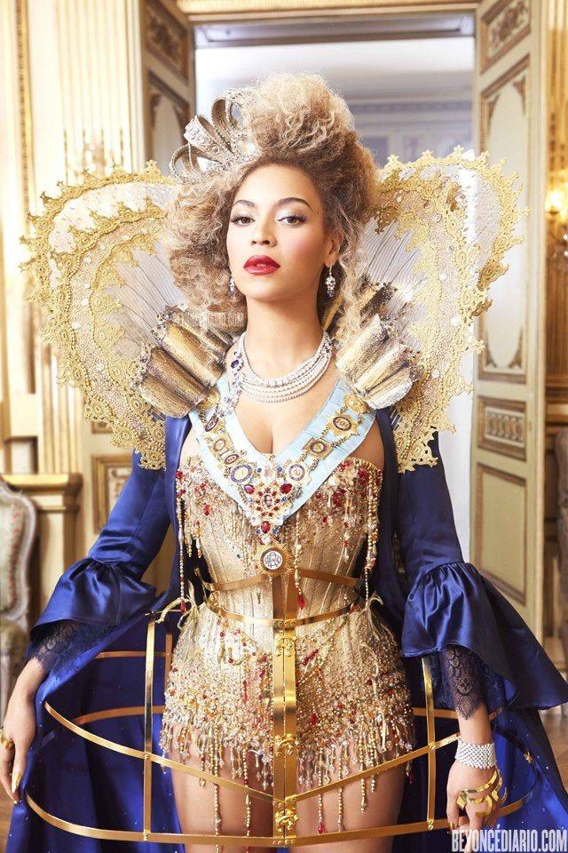 Beyonce queen B #royal | Beyonce queen, Beyonce costume, Miranda sings