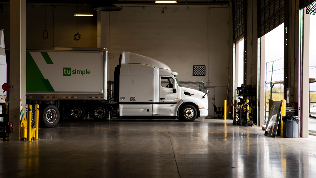 TuSimple launches first autonomous freight network   FleetOwner