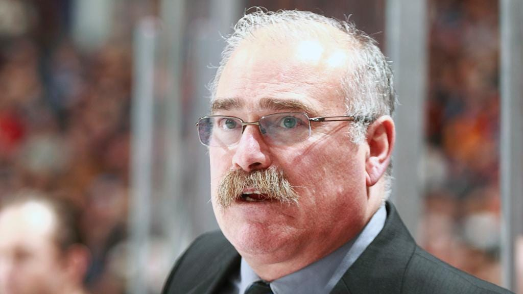 MacLean hired by Maple Leafs as assistant coach