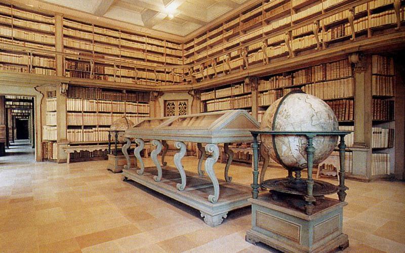 La Biblioteca civica Gambalunga fra le più belle biblioteche del mondo | Comune  di Rimini