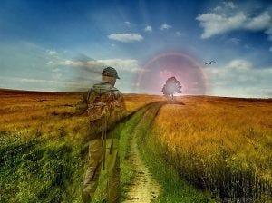 Ilustração de um homem, olhando para o horizonte num campo gramado e com uma árvore se destacando com um brilho ao redor dela