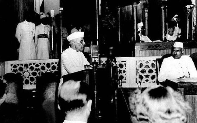 15 August 1947: When Nehru talked of tryst with destiny, Gandhi ...