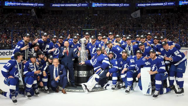 Tampa Bay Lightning win Stanley Cup, beat Montreal Canadiens in five games  to claim back-to-back championships - CBSSports.com