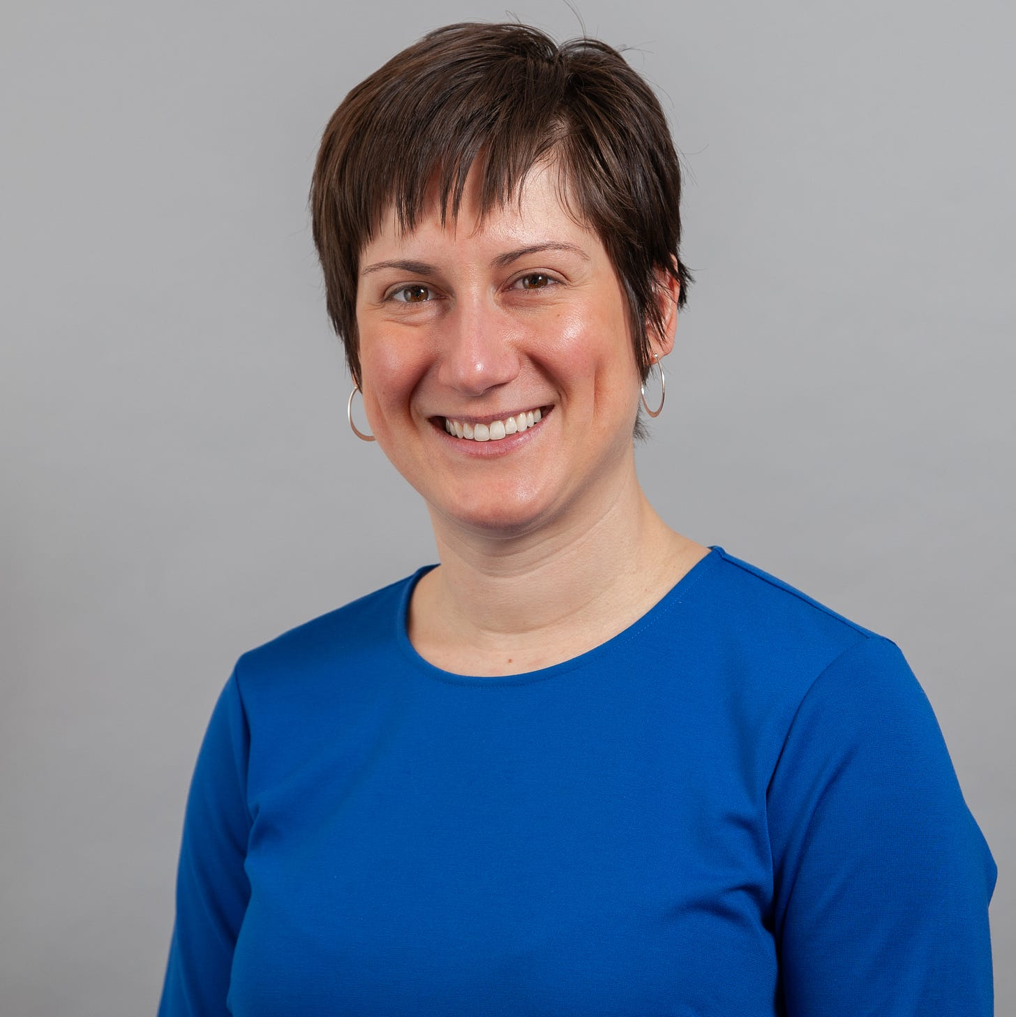 Picture of Dr. Hannah Miller in a blue shirt