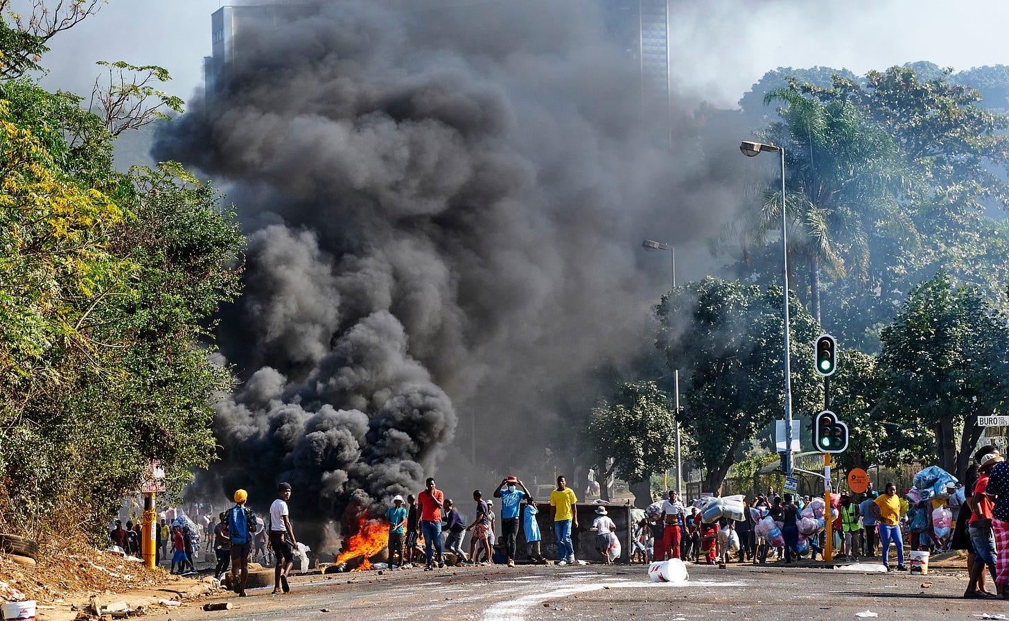 https://cpj.org/wp-content/uploads/2021/07/ap_south-africa_07-13-2021.jpg