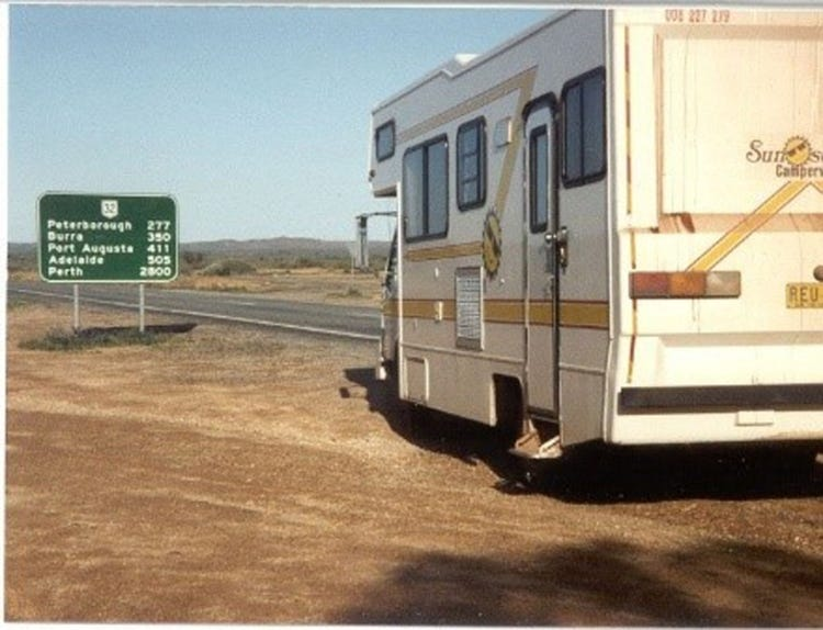 1992 my children (age 8 and 11) my father (87) and me drove this RV for a month