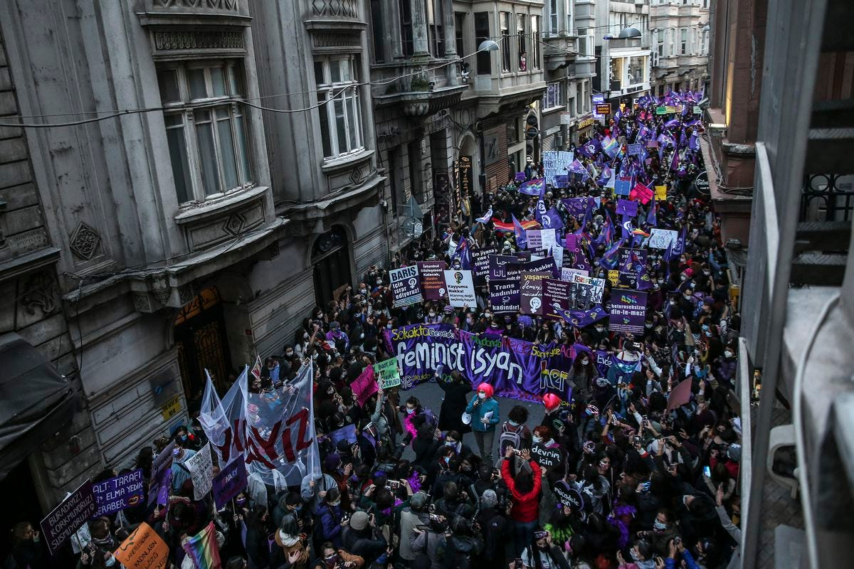 Turkish police detain 13 people over International Women's Day march - The  Globe and Mail