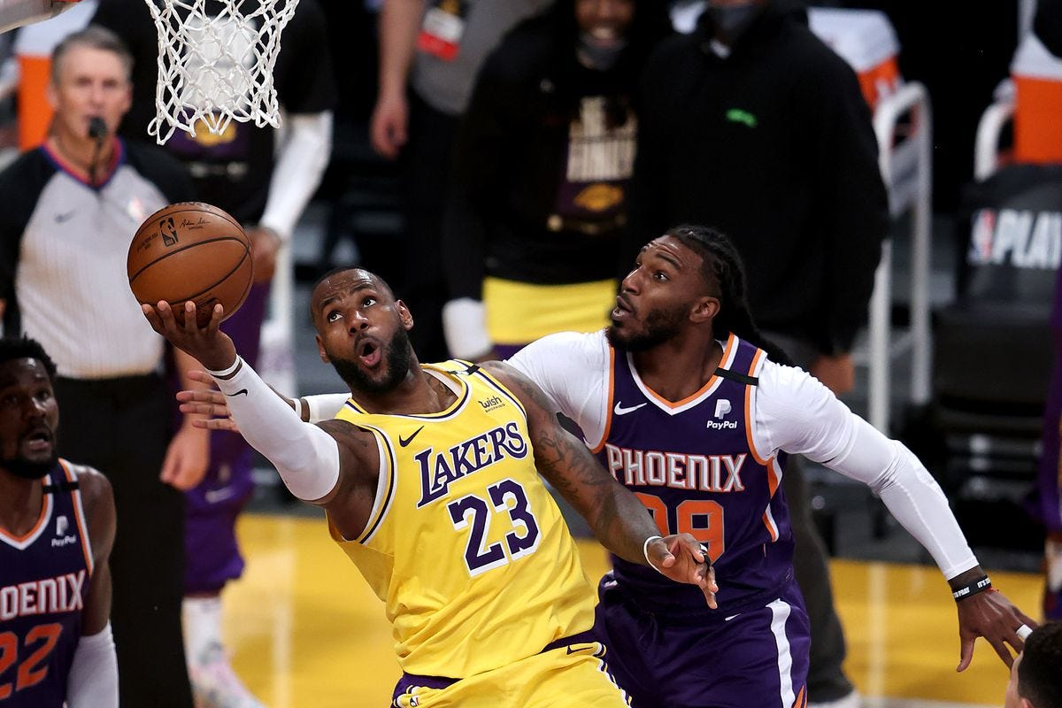 Lakers vs. Suns Final Score: LeBron leads L.A. to 2-1 lead over Phoenix -  Silver Screen and Roll