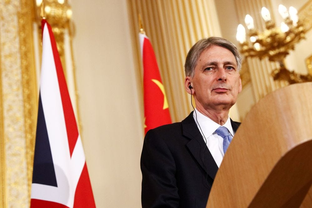 U.K. Hammond Is Said to Drop China Trip as Beijing Complains - Bloomberg
