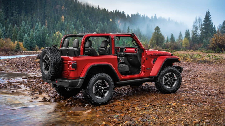 New 2020 2-Door Jeep Wrangler vs New 2020 4-Door Jeep Wrangler | Patriot  CDJR
