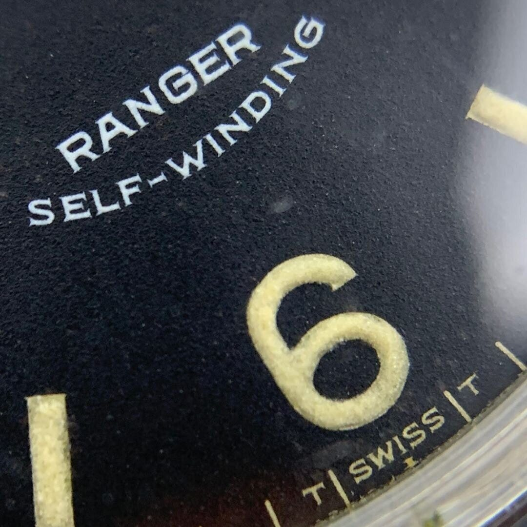 Macro revealing the serif font of early Rangers at 6 o'clock | Photo courtesy of @ mkrlx