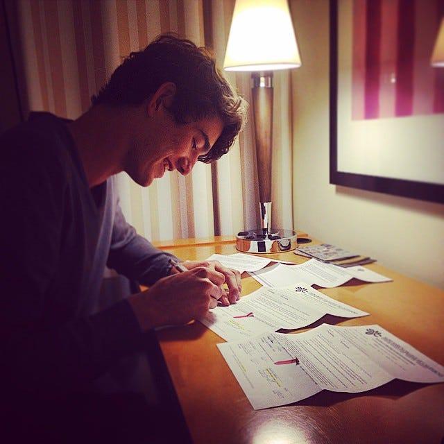 Jordan Hunter signs his NLI