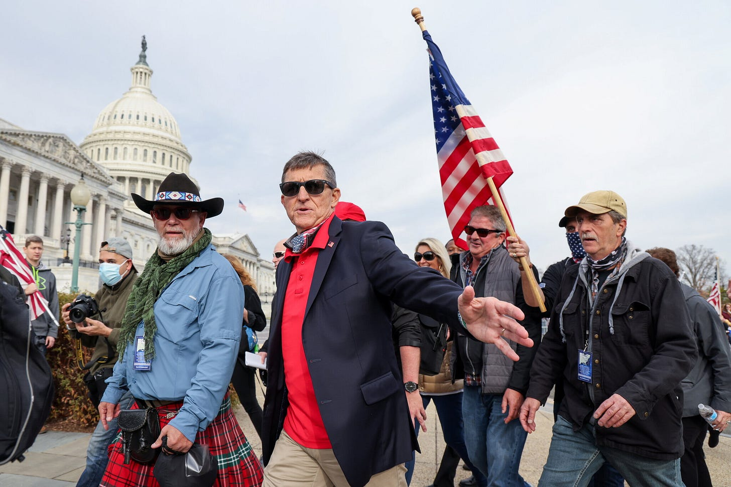 Michael Flynn Re-emerges Pushing QAnon, Stolen 2020 Election Lies - The New  York Times