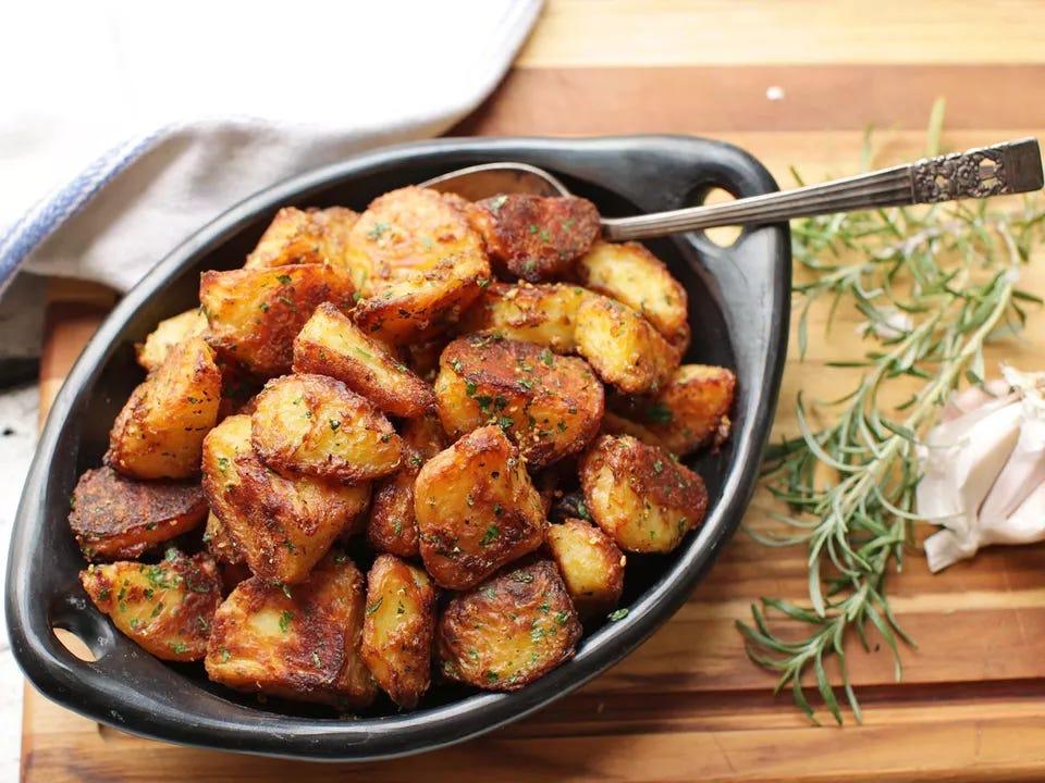 20161201-crispy-roast-potatoes-29.jpg