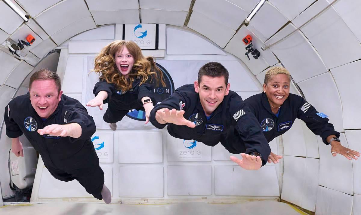 1st all-civilian SpaceX crew enjoys zero-G training in Las Vegas -  [your]NEWS