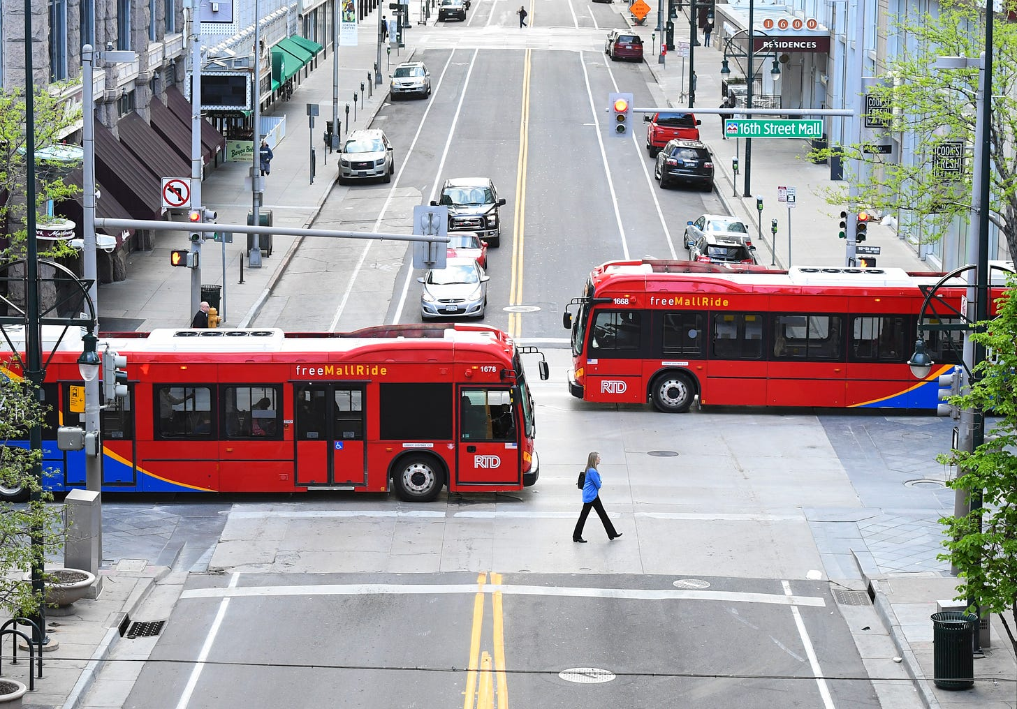 Electric city buses in Denver, Colorado. (Photo: Getty Images)